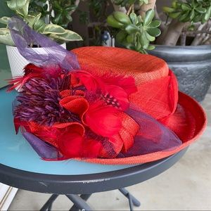 Mary Jean artifacts red hat society NWT feathers